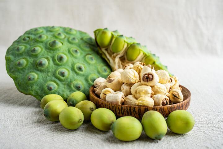 Ăn hạt sen khô có tác dụng gì