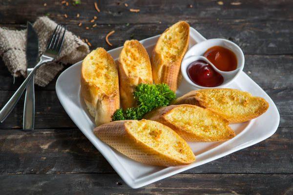 ăn bánh mì có béo không
